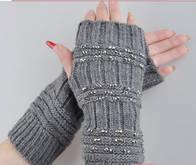 Fingerless Jacquard Gray Winter Gloves